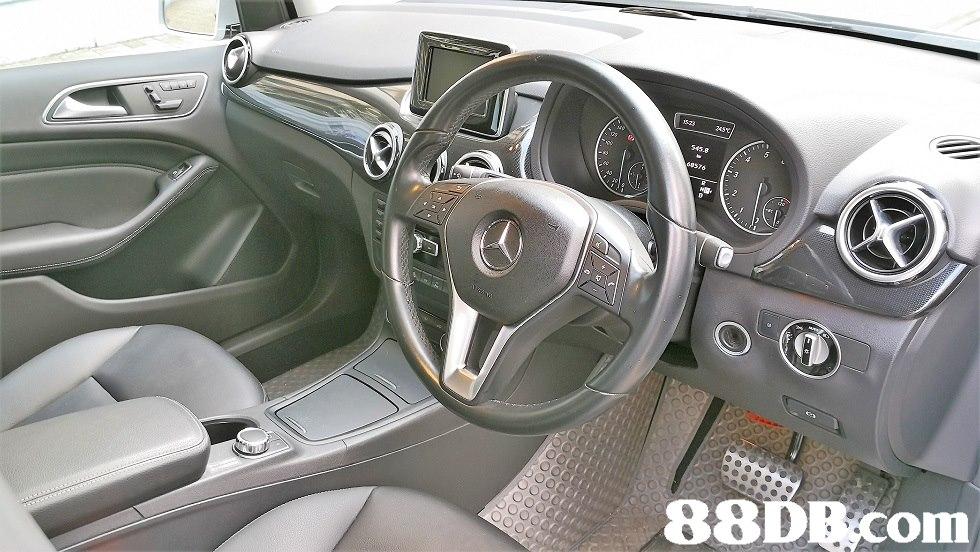 43.g 88DE com  car,vehicle,motor vehicle,mercedes benz,steering wheel