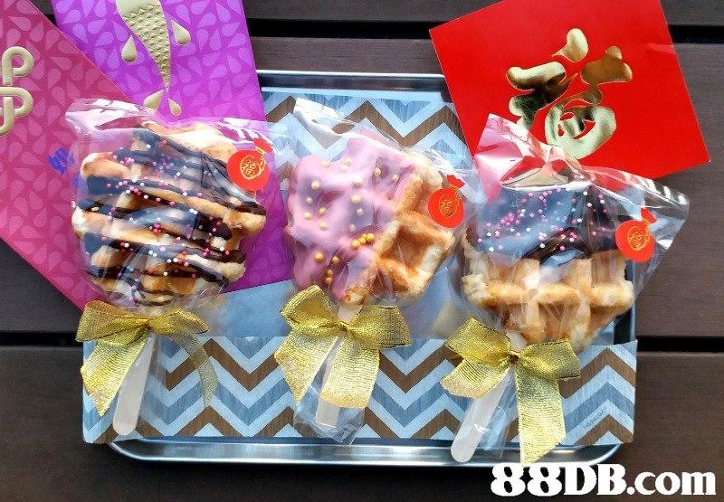 B.com,gift,food,sweetness,snack,gift basket