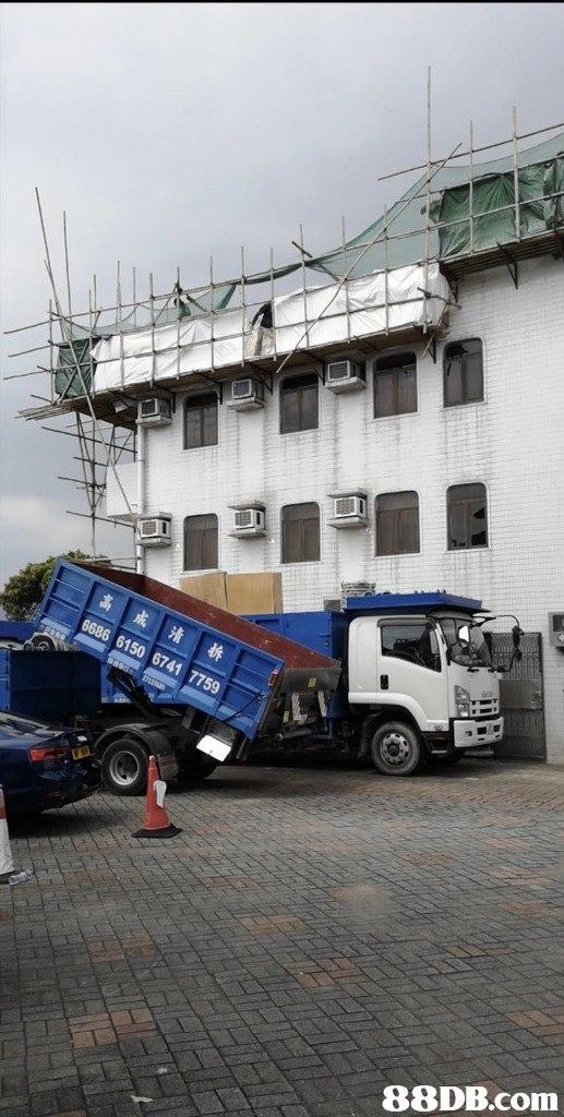 Land vehicle,Vehicle,Transport,Mode of transport,Truck