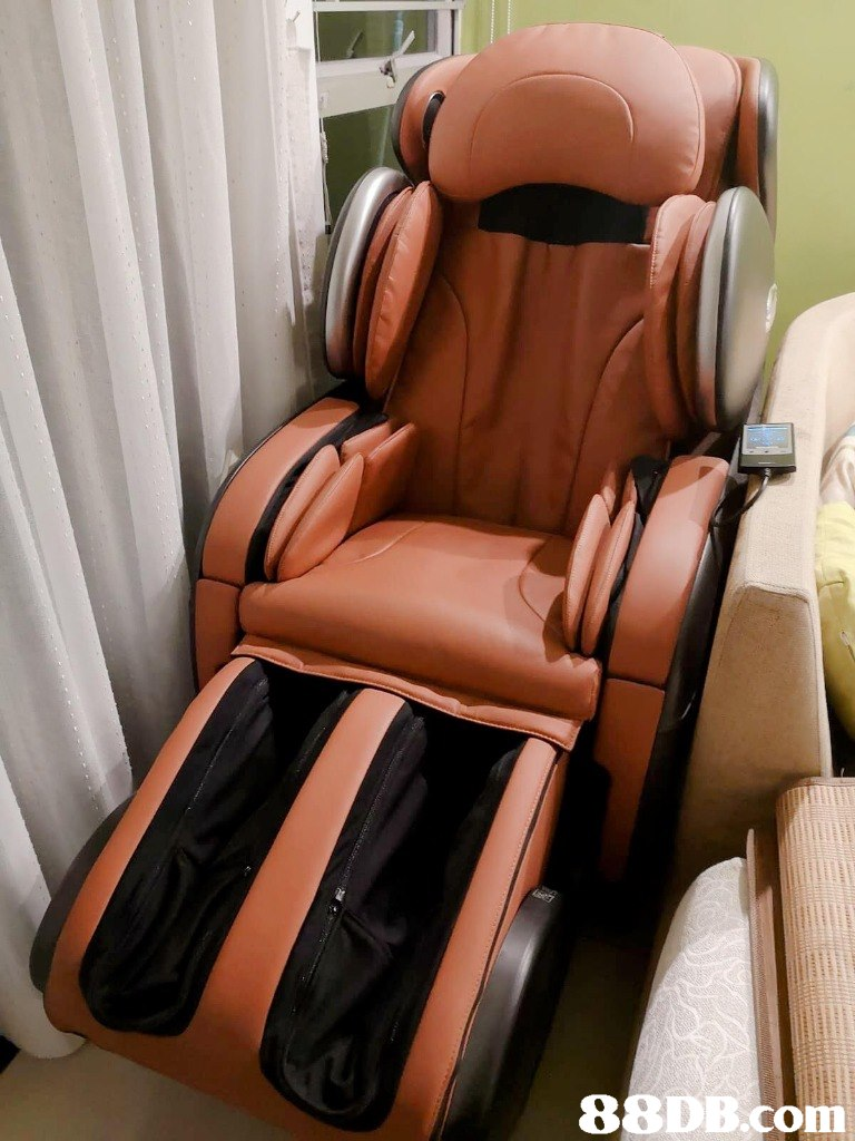 Massage chair,Product,Car seat cover,Car seat,Furniture