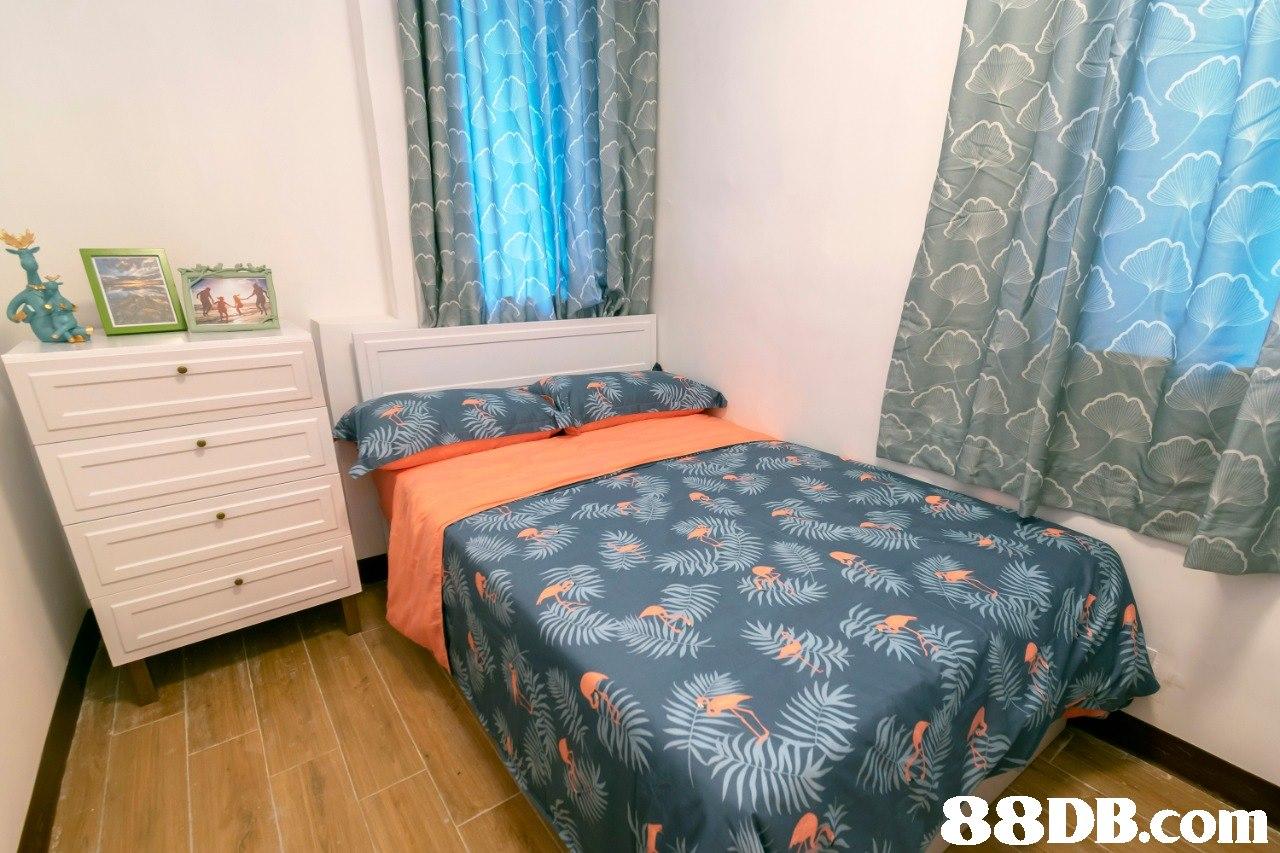 Bedroom,Room,Bed,Bed sheet,Furniture