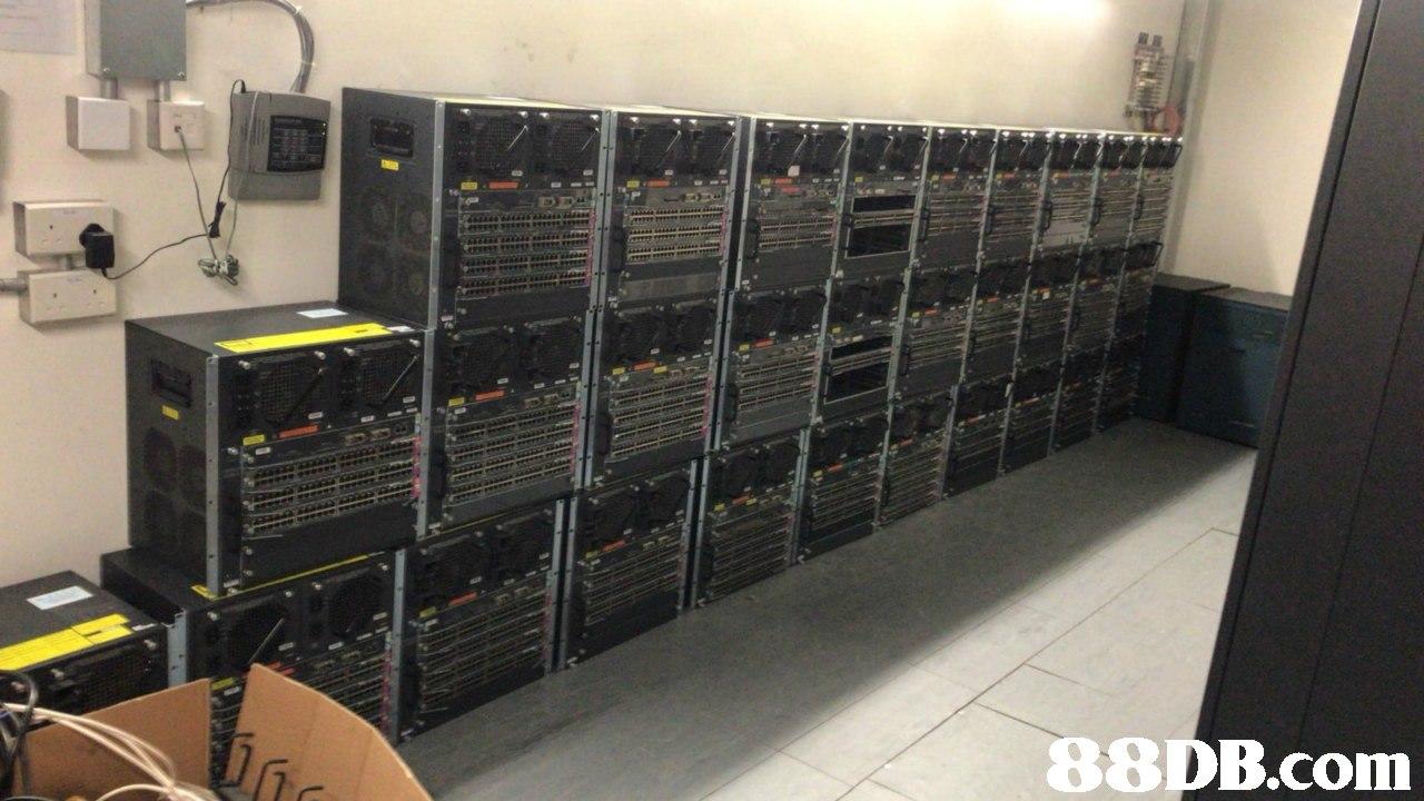 7   Recording studio,Electronics,Technology,Electronic device,Server