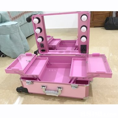 Pink,Magenta,Plastic,
