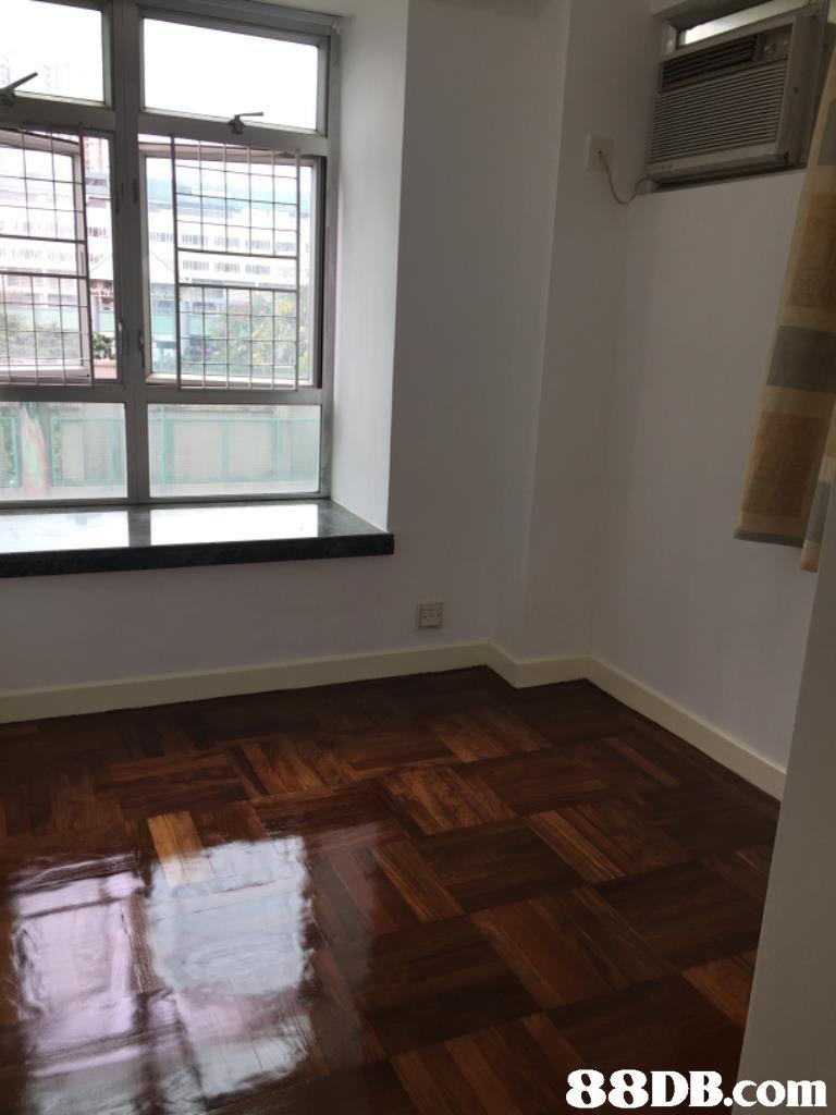 Floor,Property,Room,Wood flooring,Laminate flooring