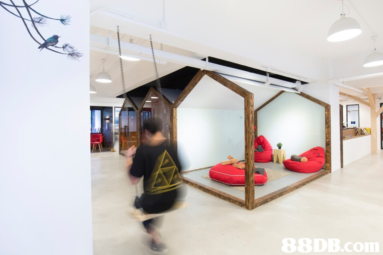Ceiling,Room,Interior design,House,Building