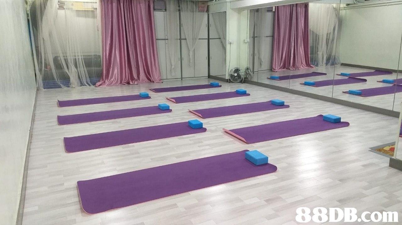 Floor,Physical fitness,Flooring,Yoga mat,Mat