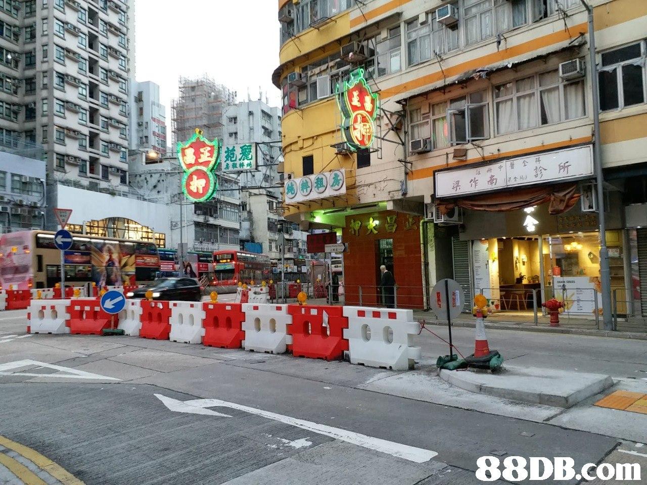 房租粹炖   Neighbourhood,Town,Street,Human settlement,Downtown