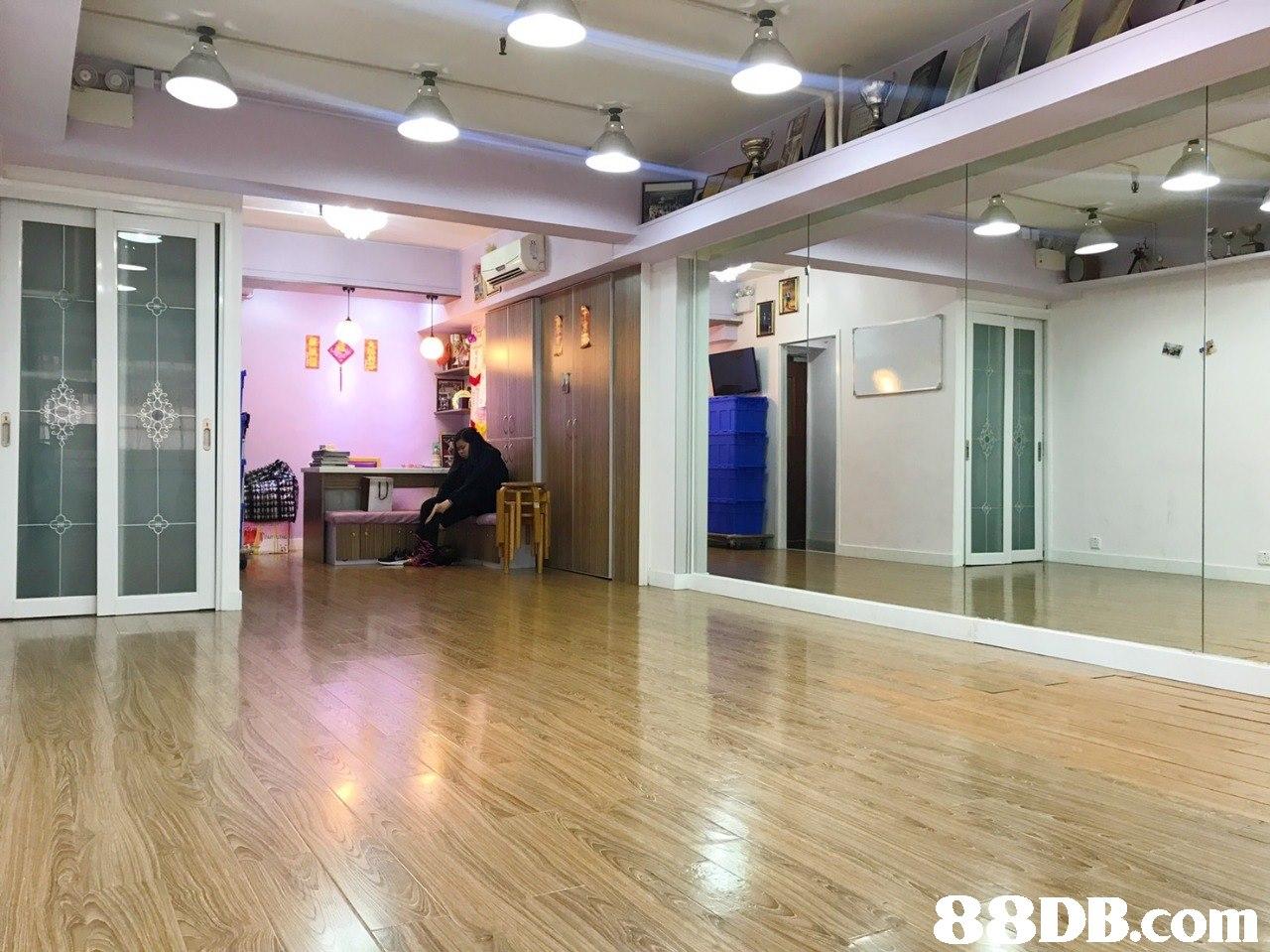 Lobby,Property,Building,Floor,Ceiling