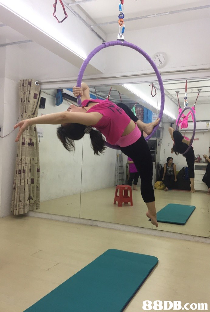 Physical fitness,Acrobatics,Stretching,Flip (acrobatic),Performance