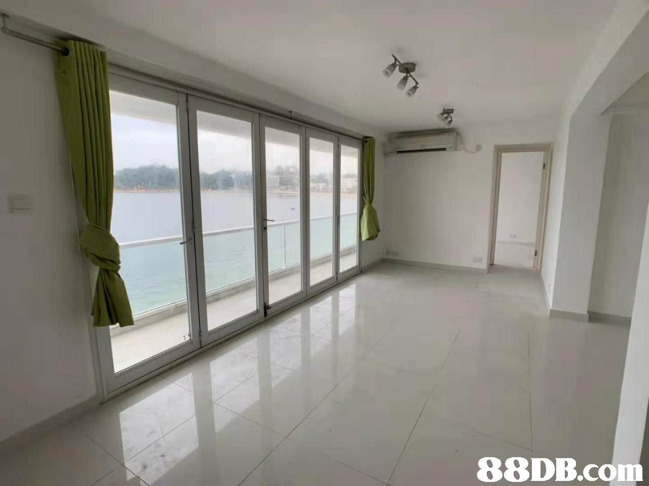 Property,Room,Building,Floor,Real estate