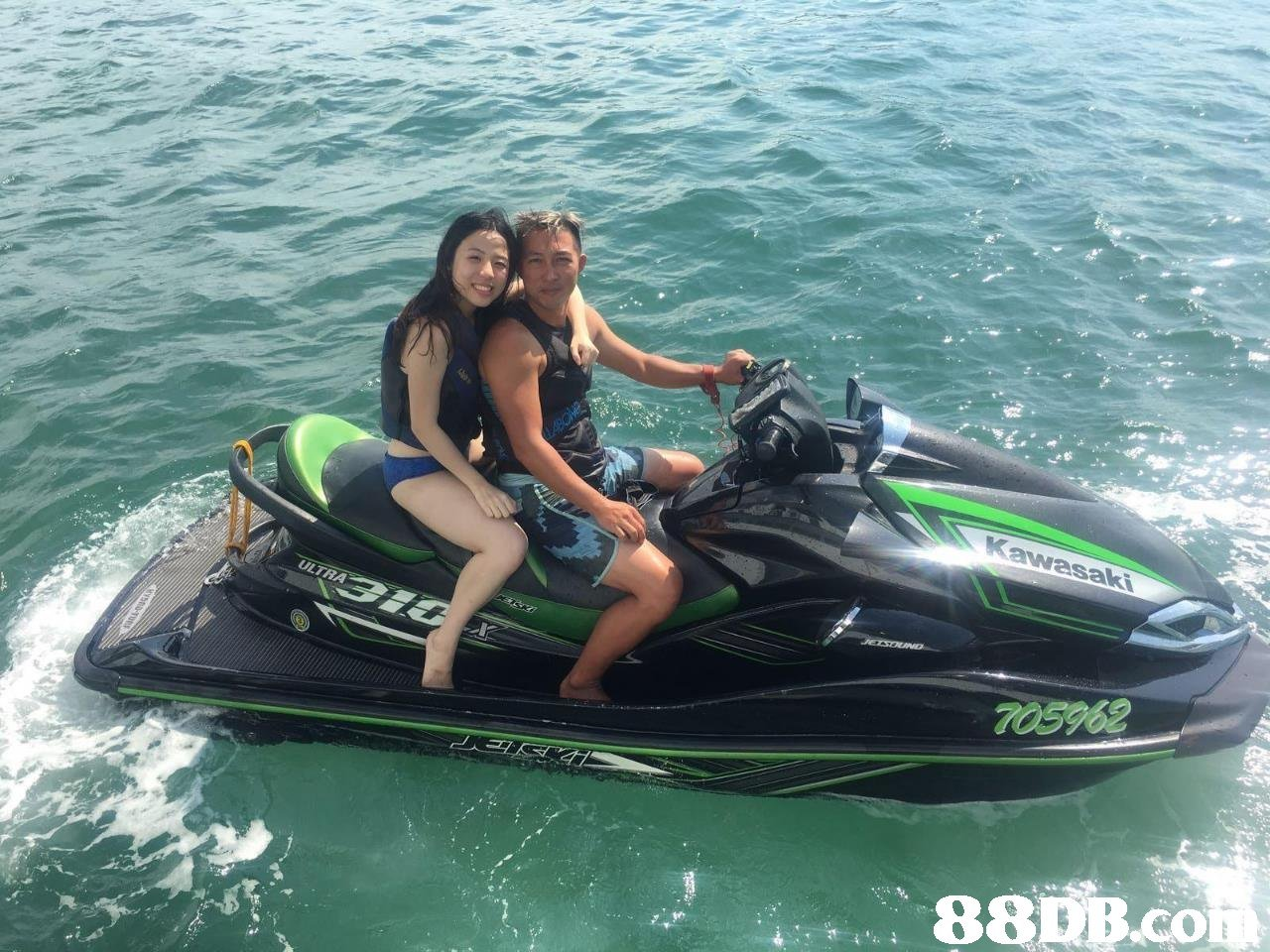7068 883B.cO  Jet ski,Personal water craft,Vehicle,Water sport,Water transportation