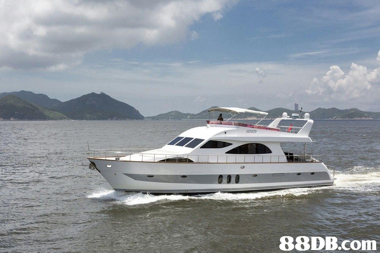 38670   Vehicle,Water transportation,Yacht,Luxury yacht,Boat