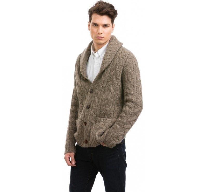 Clothing,Outerwear,Collar,Neck,Sleeve