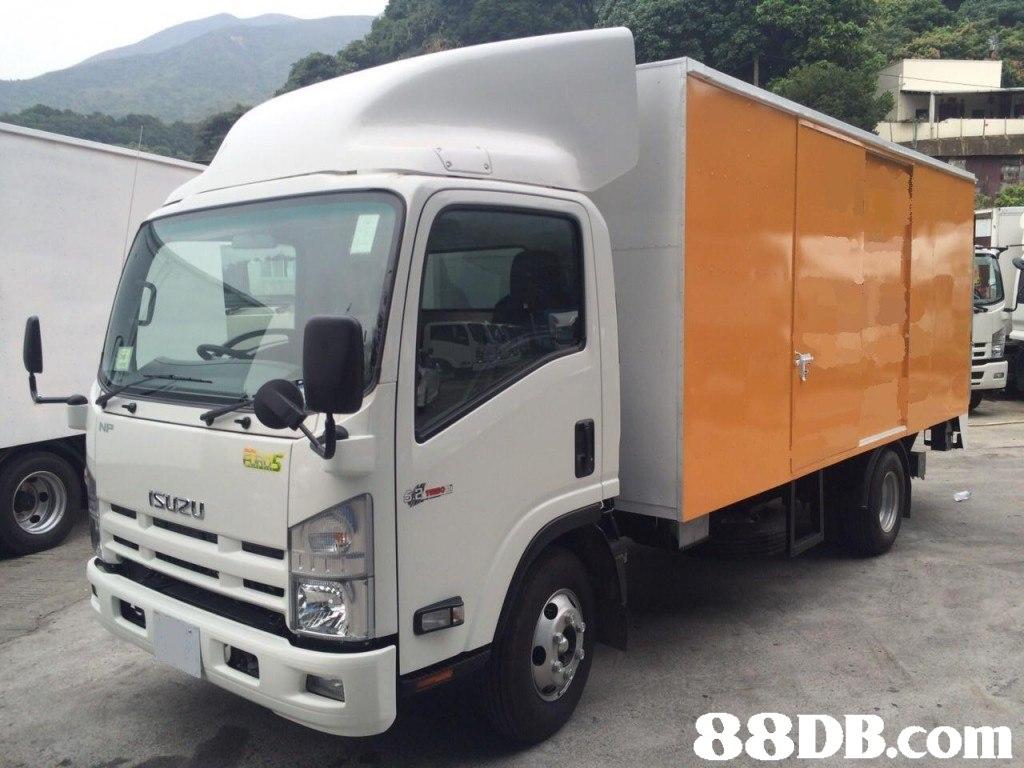 NP SuRu   Land vehicle,Vehicle,Car,Transport,Commercial vehicle
