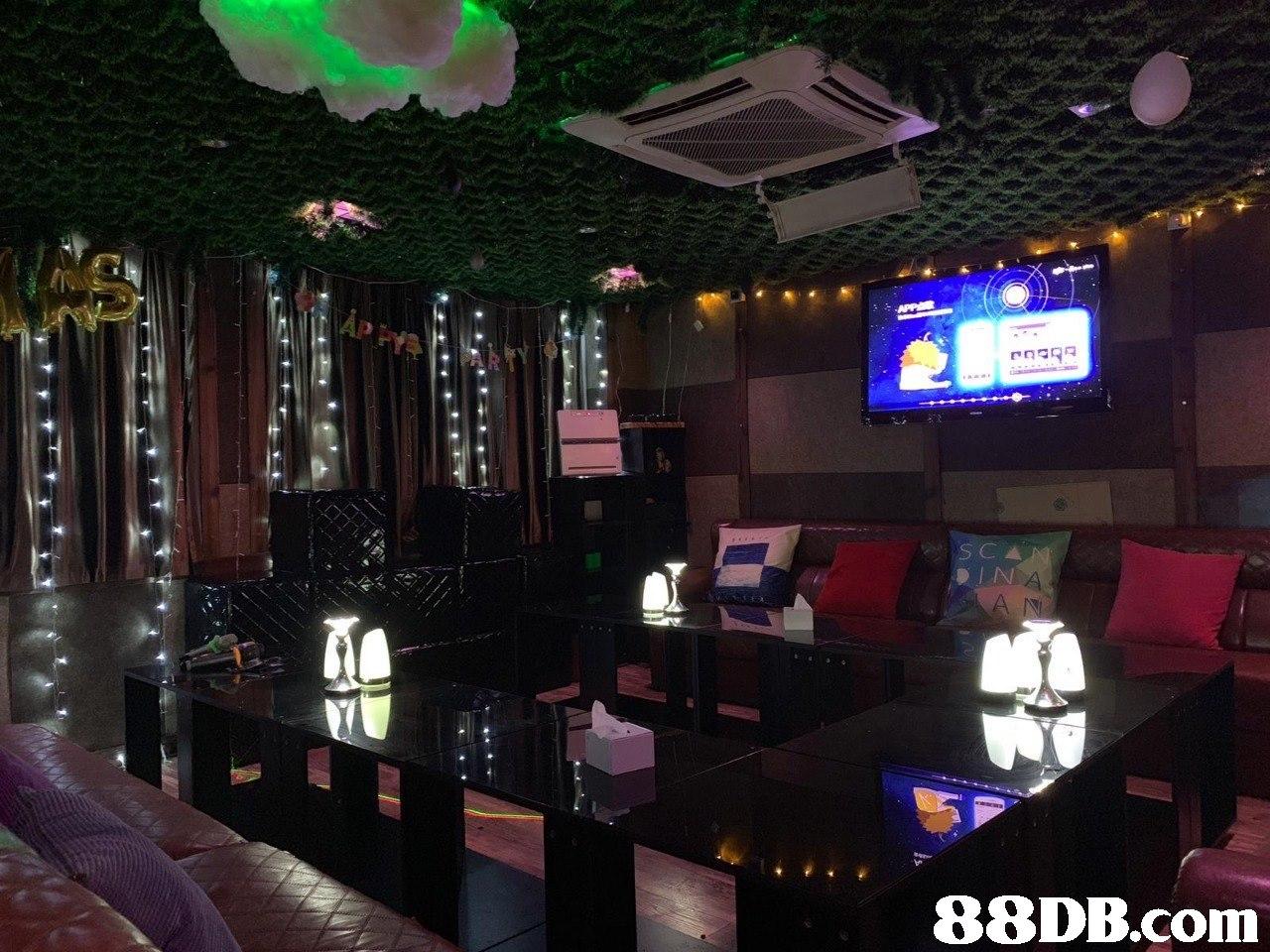 Building,Room,Nightclub,Interior design,Pub