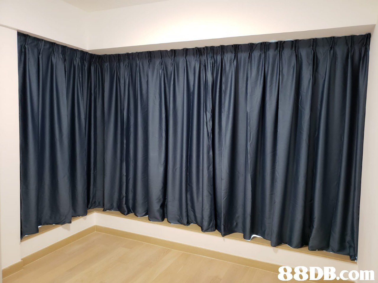 Curtain,Window treatment,Interior design,Window covering,Textile