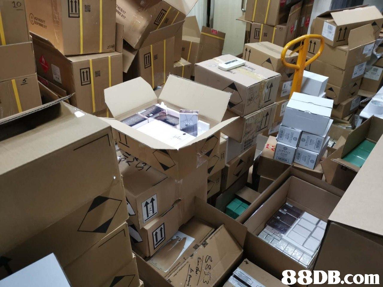 IA   Cardboard,Architecture,Scale model,Design,Room