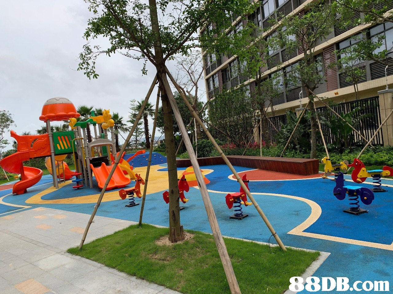 Playground,Public space,Outdoor play equipment,Human settlement,Playground slide