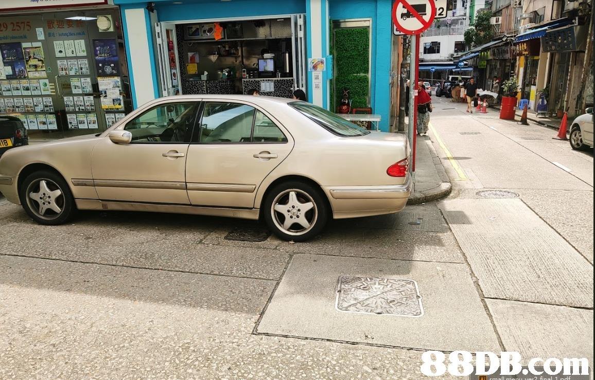 2575 9 8 Com  Land vehicle,Vehicle,Car,Mercedes-benz,Luxury vehicle