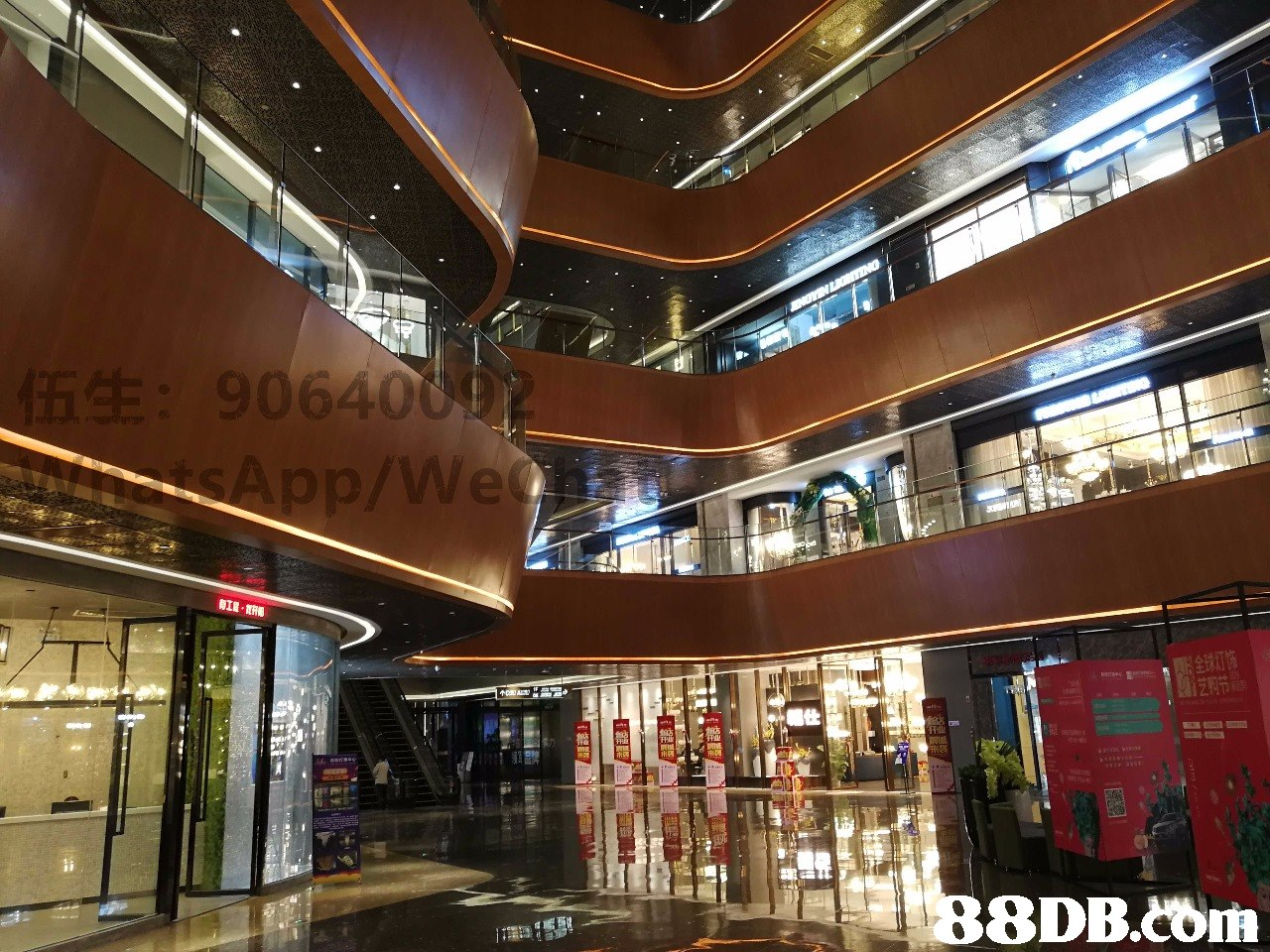 AIL 8DB.COrs  Shopping mall,Building,Lobby,Architecture,Ceiling