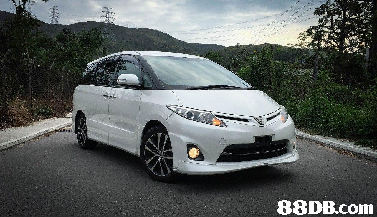 Land vehicle,Vehicle,Car,Minivan,Rim