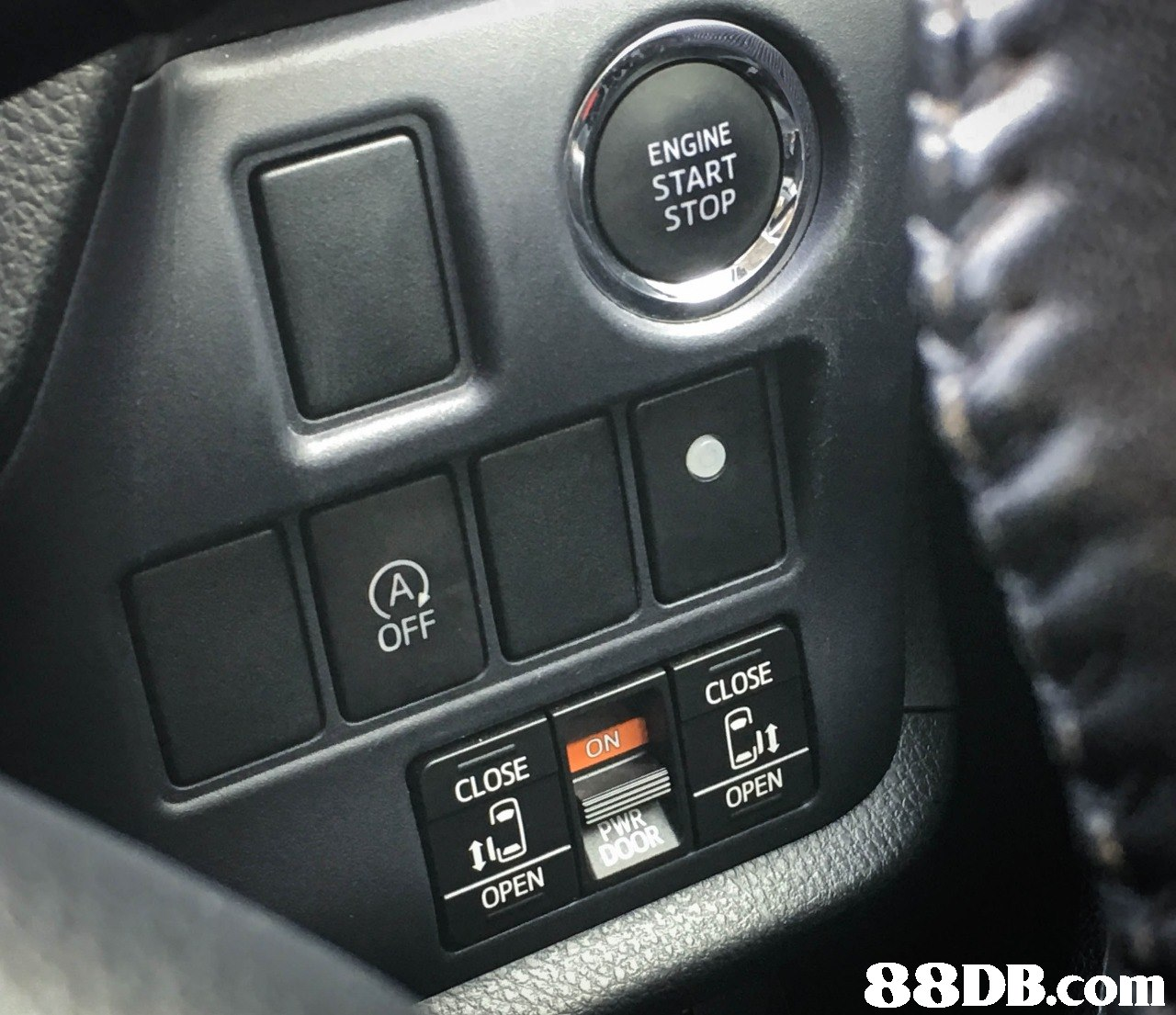ENGINE START STOP OFF CLOSE CLOSE ON OPEN OPEN   Land vehicle,Vehicle,Car