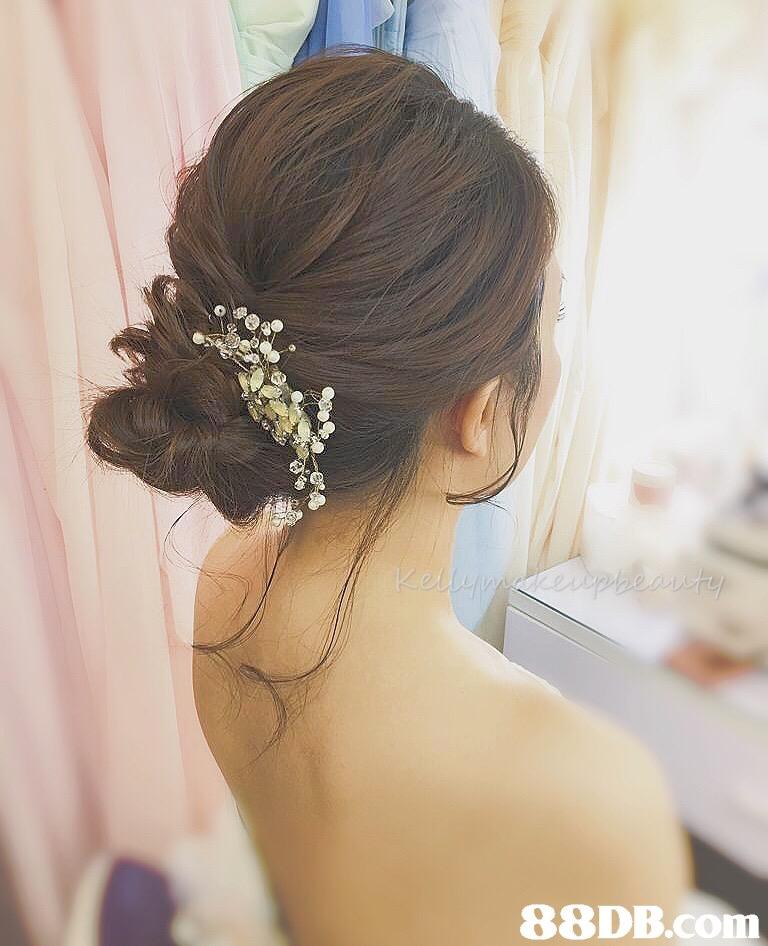 Hair,Headpiece,Hairstyle,Hair accessory,Bridal accessory