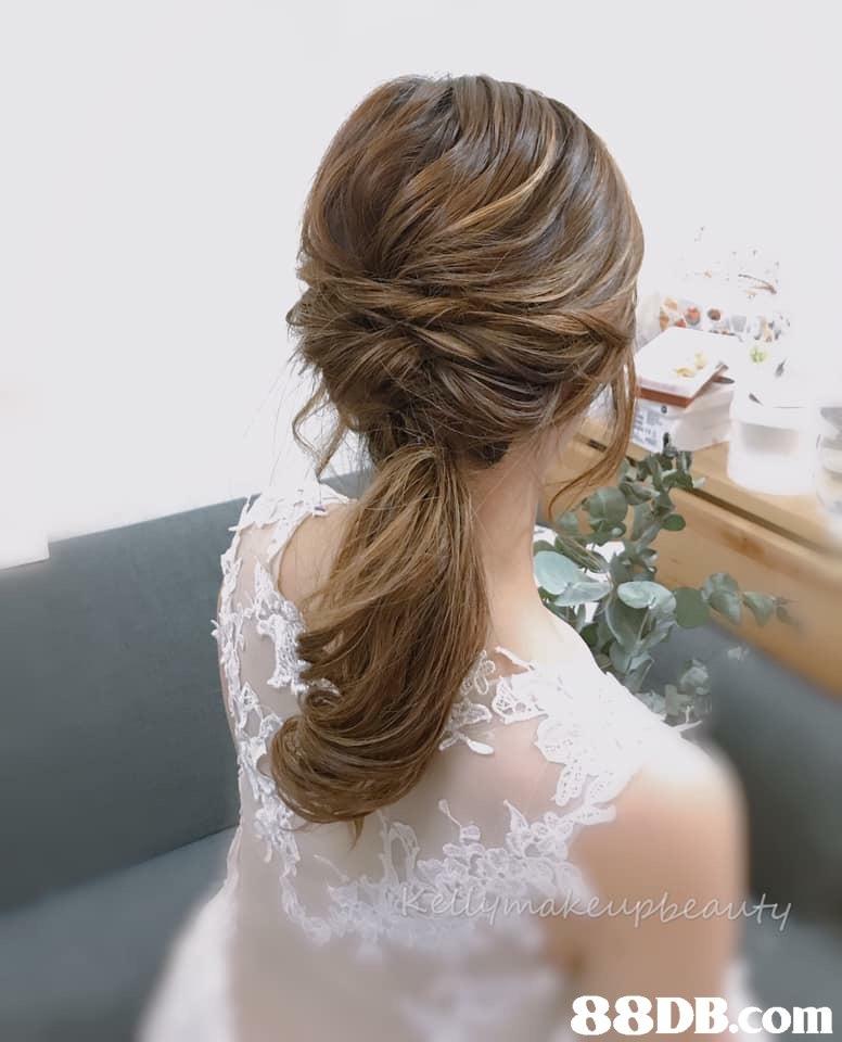 Hair,Hairstyle,Shoulder,Chignon,Dress