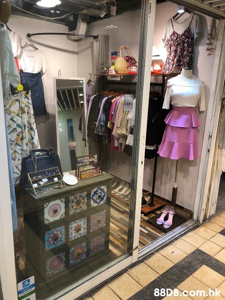 .hk  Boutique,Room,Outlet store,Building,Closet