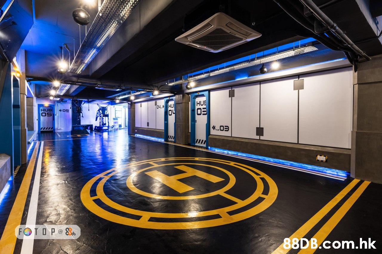 HUE O5 8DB.com.hk  Light,Yellow,Metropolitan area,Building,City