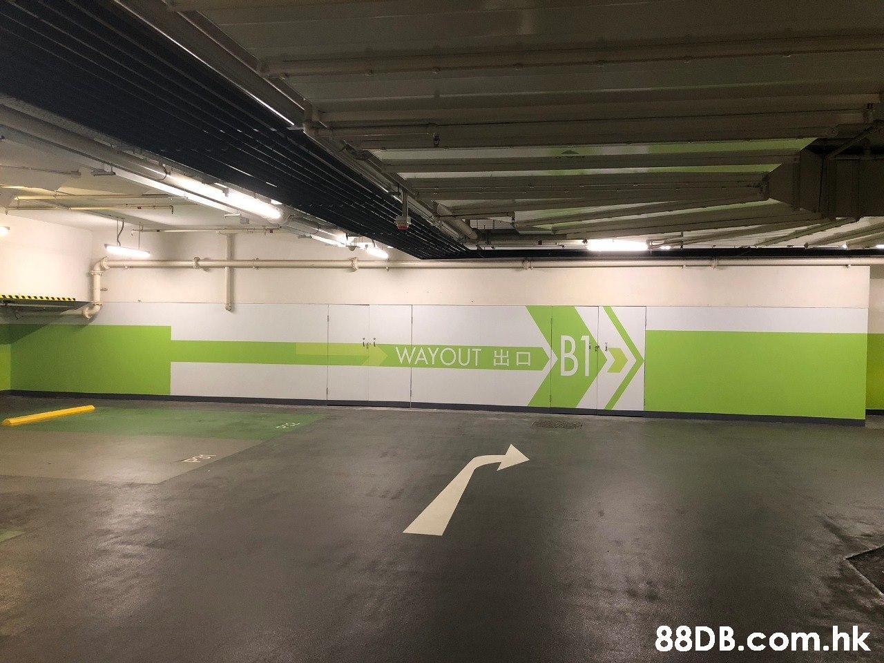 Bl .hk  Parking lot,Parking,Ceiling,City,Building