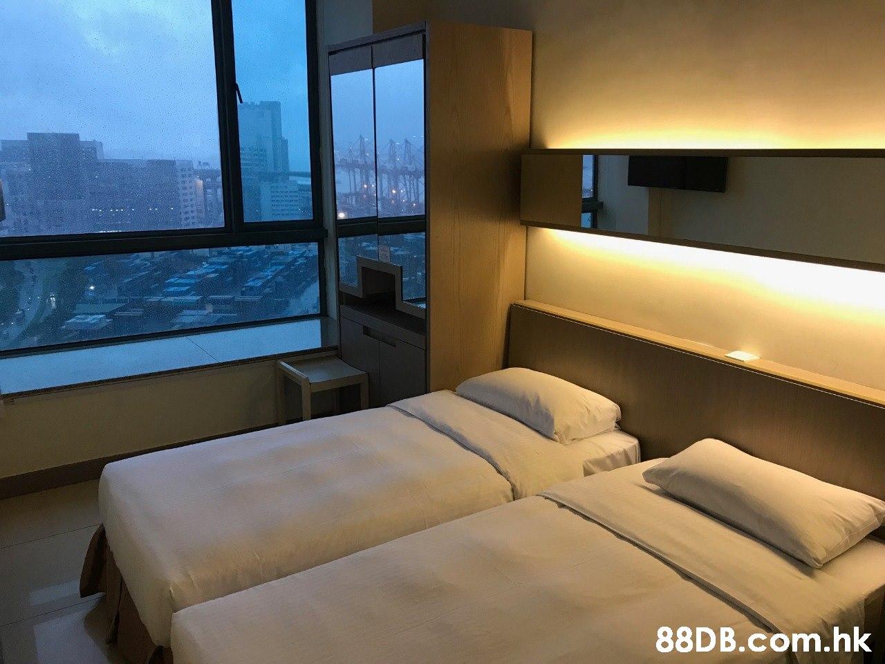 .h  Room,Furniture,Property,Bedroom,Interior design