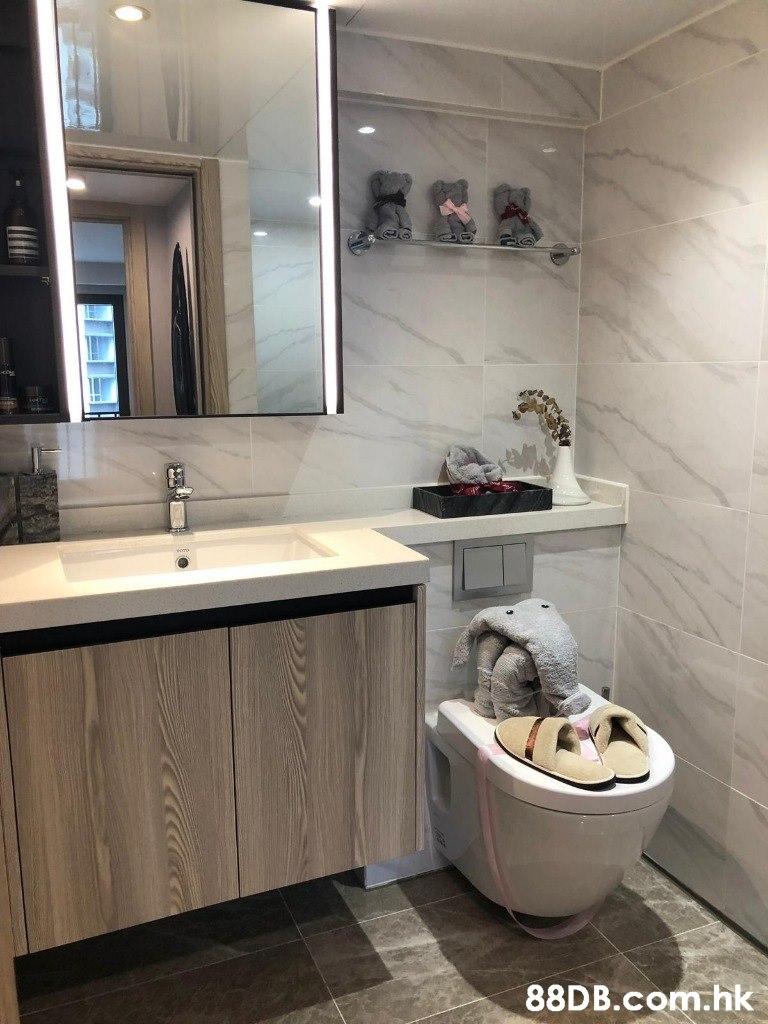 .hk  Bathroom,Room,Property,Interior design,Floor