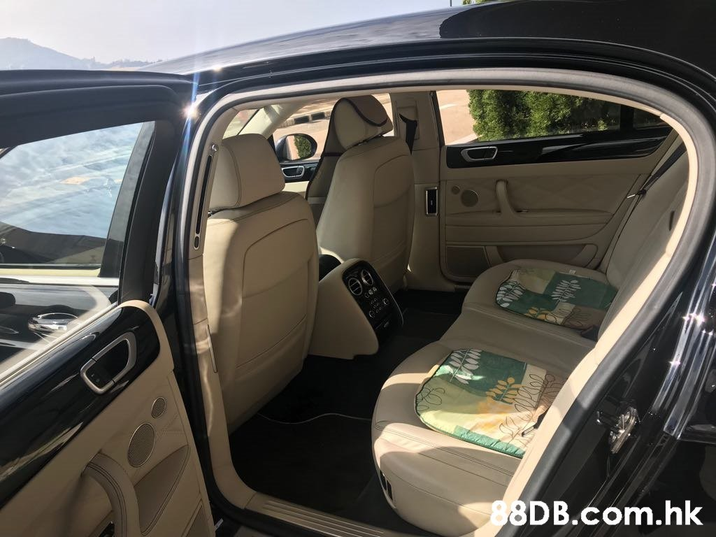 .hk  Luxury vehicle,Vehicle,Car,Vehicle door,Car seat