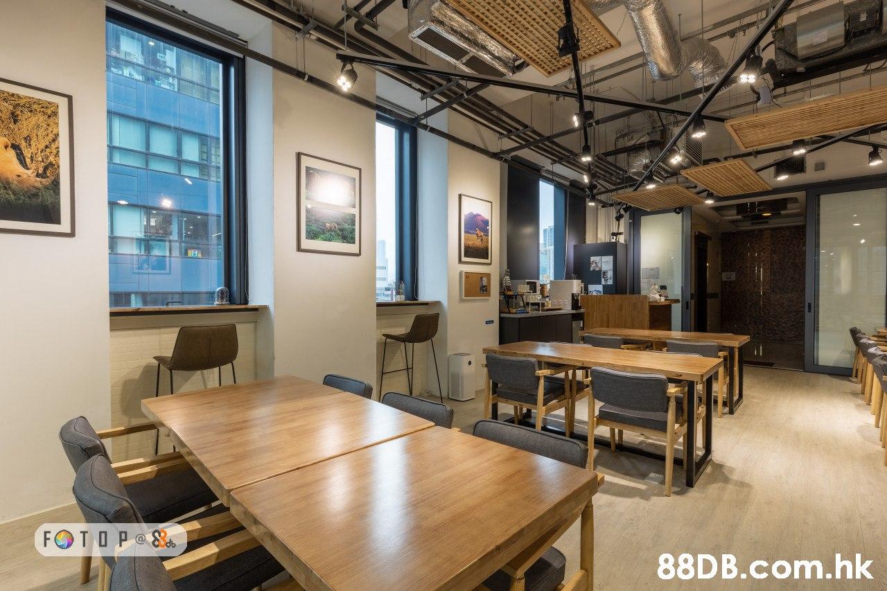 FOTOP 8 .hk  Property,Building,Room,Interior design,Table