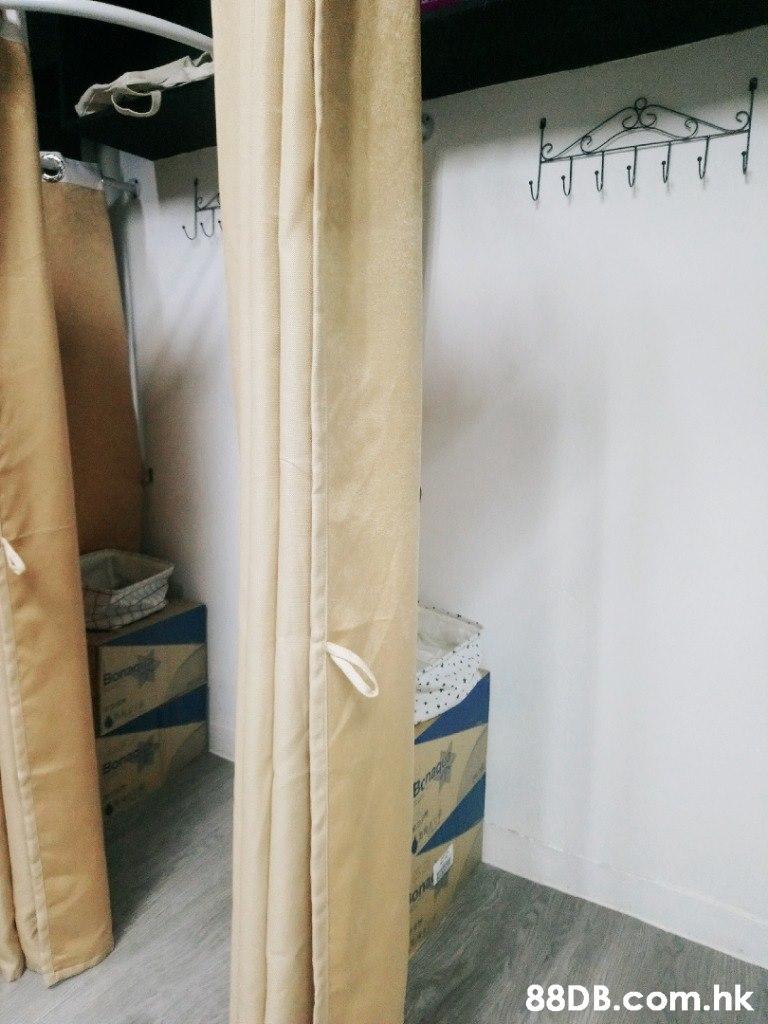 Ber .hk  Room,Furniture,Floor,