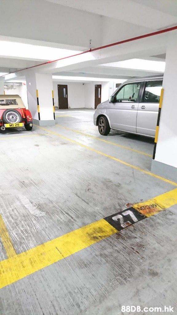 MG 29 27 .hk  Floor,Yellow,Vehicle,Car,Parking
