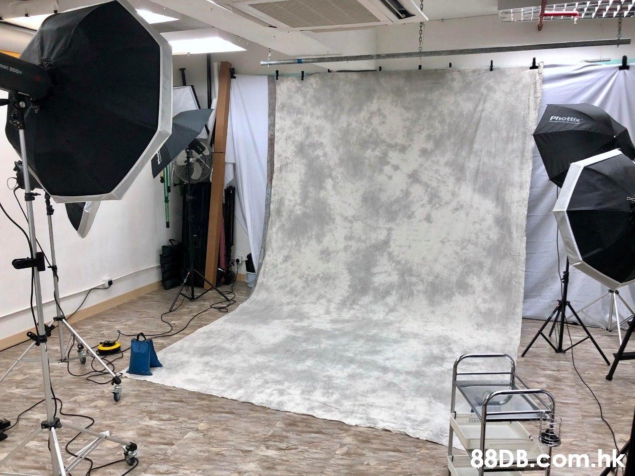 Phottix sn 800 .hk  Floor,Room,Interior design,Film studio,Flooring