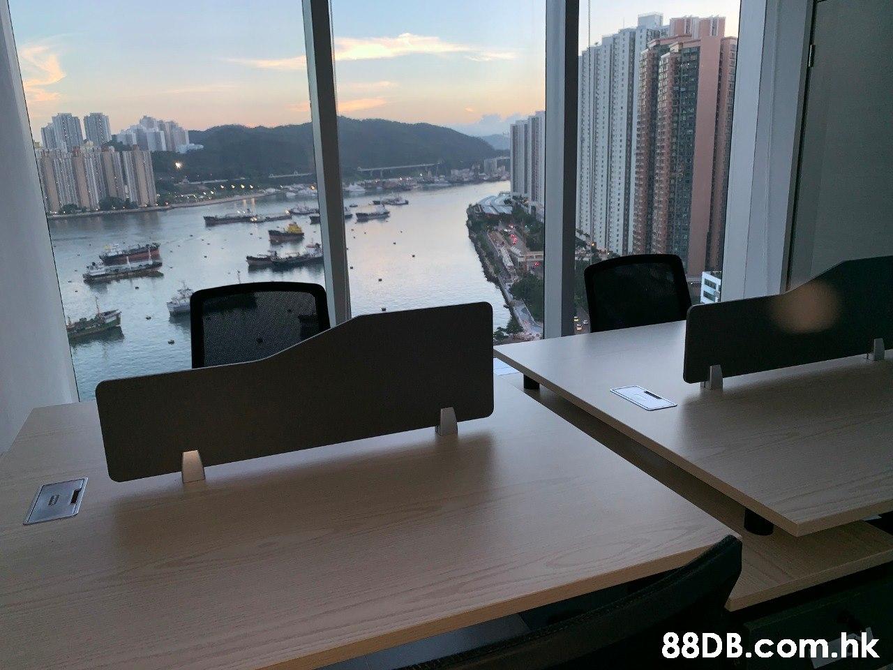 .hk  Desk,Office,Property,Room,Technology