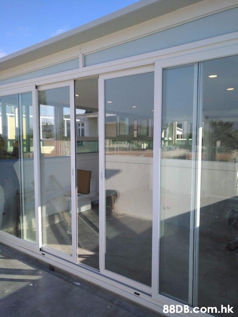 .hk  Door,Glass,Vehicle door,Property,Metal