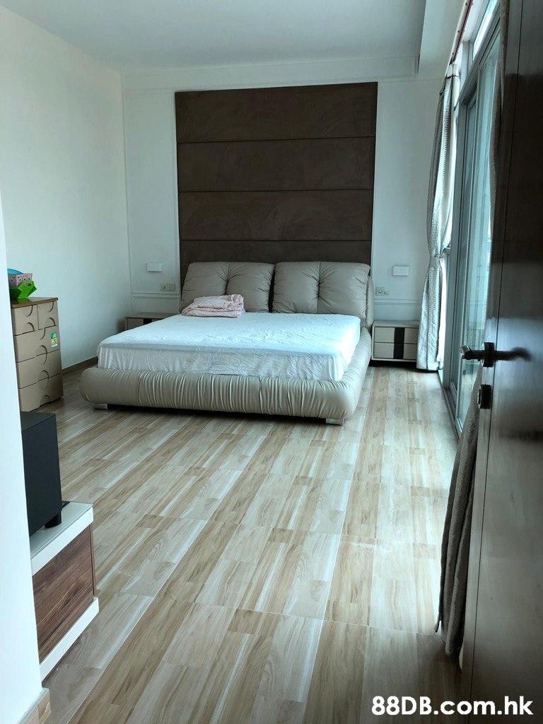 .hk  Floor,Room,Property,Furniture,Laminate flooring