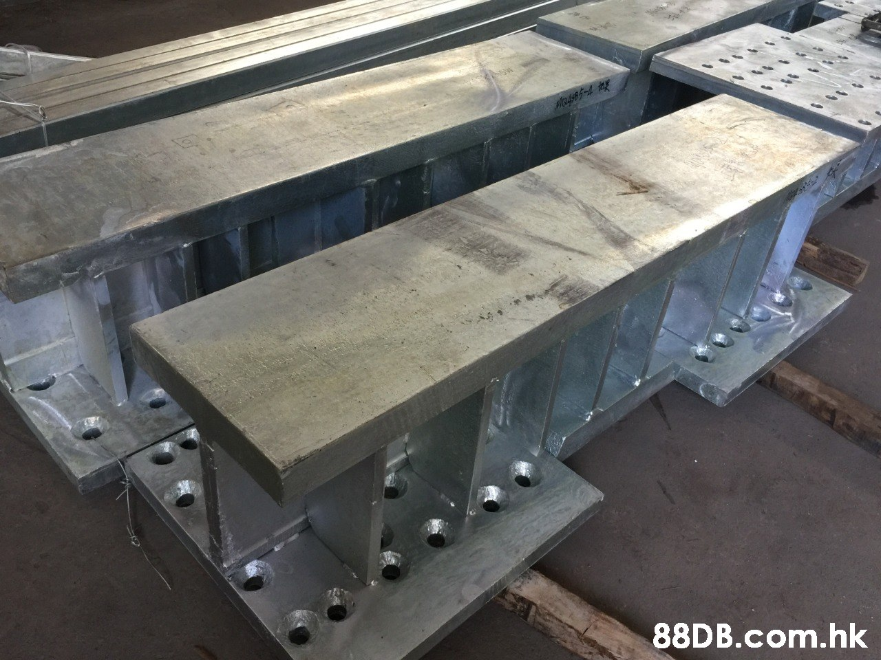 Mo4485-4 .hk  Table,Steel,Beam,Metal,Machine