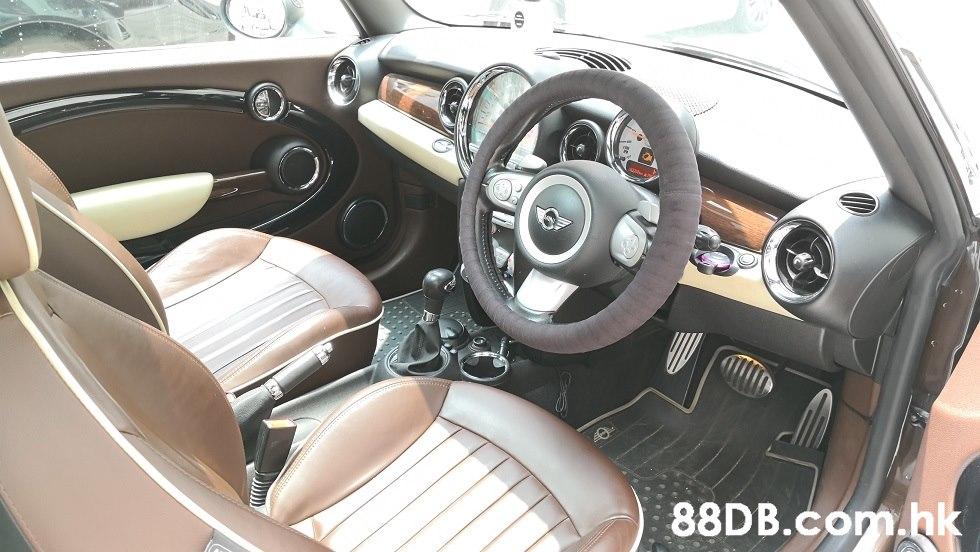 .hk  Land vehicle,Vehicle,Car,Motor vehicle,Mini