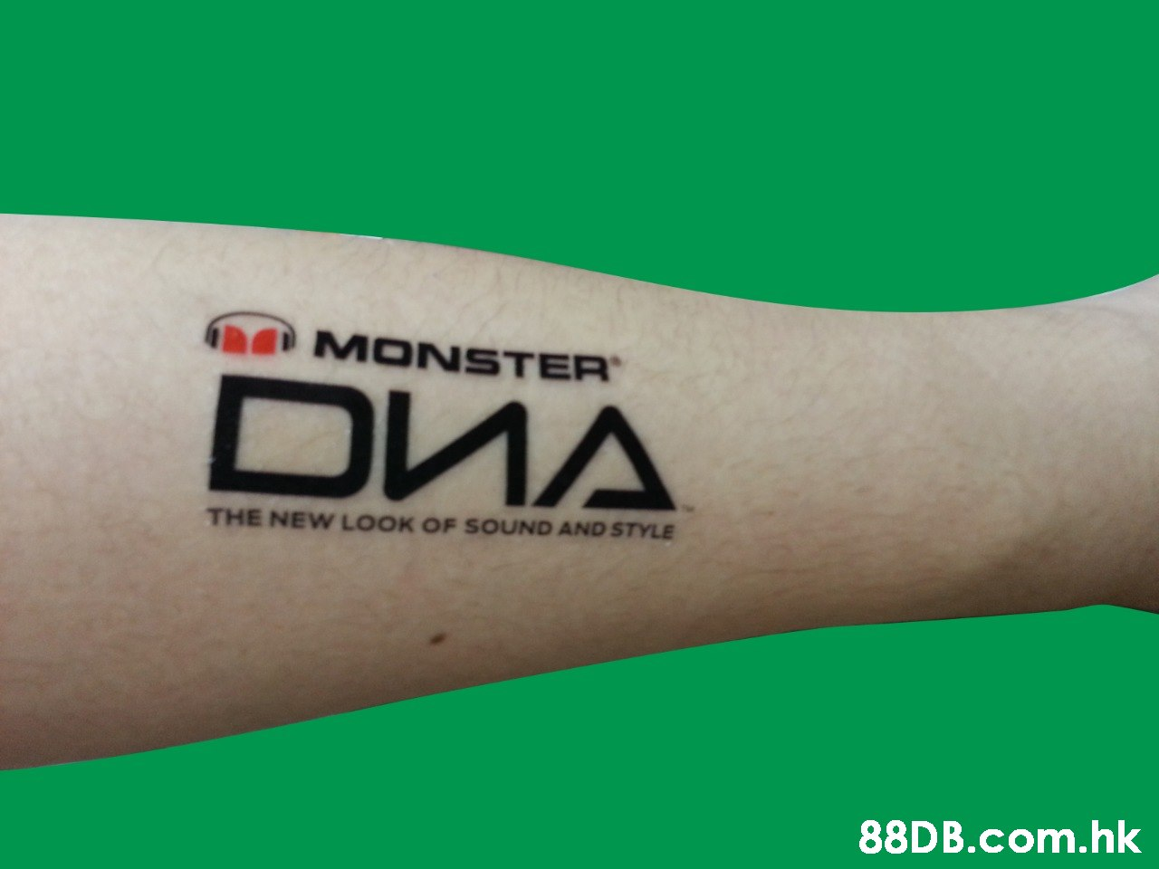 MONSTER DWA THE NEW LOOK OF SOUND AND STYLE .hk  Arm,Font,Skin,Tattoo,Joint