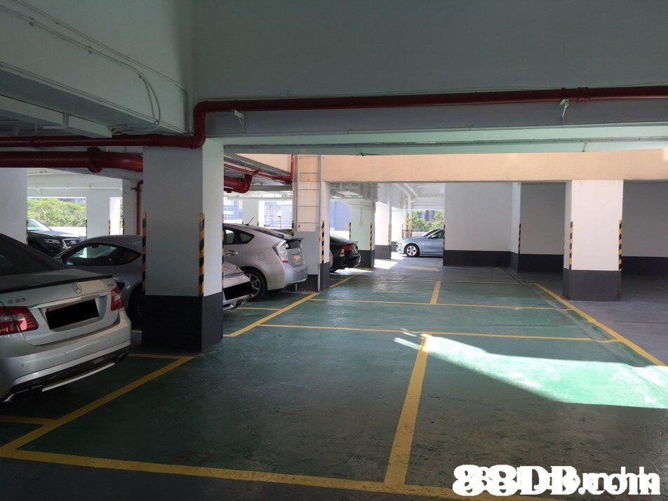 88DB.rdhh  Parking,Parking lot,Public space,Building,Car