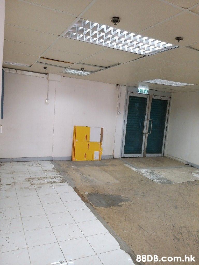 EXIT HO .hk  Property,Ceiling,Wall,Building,Floor