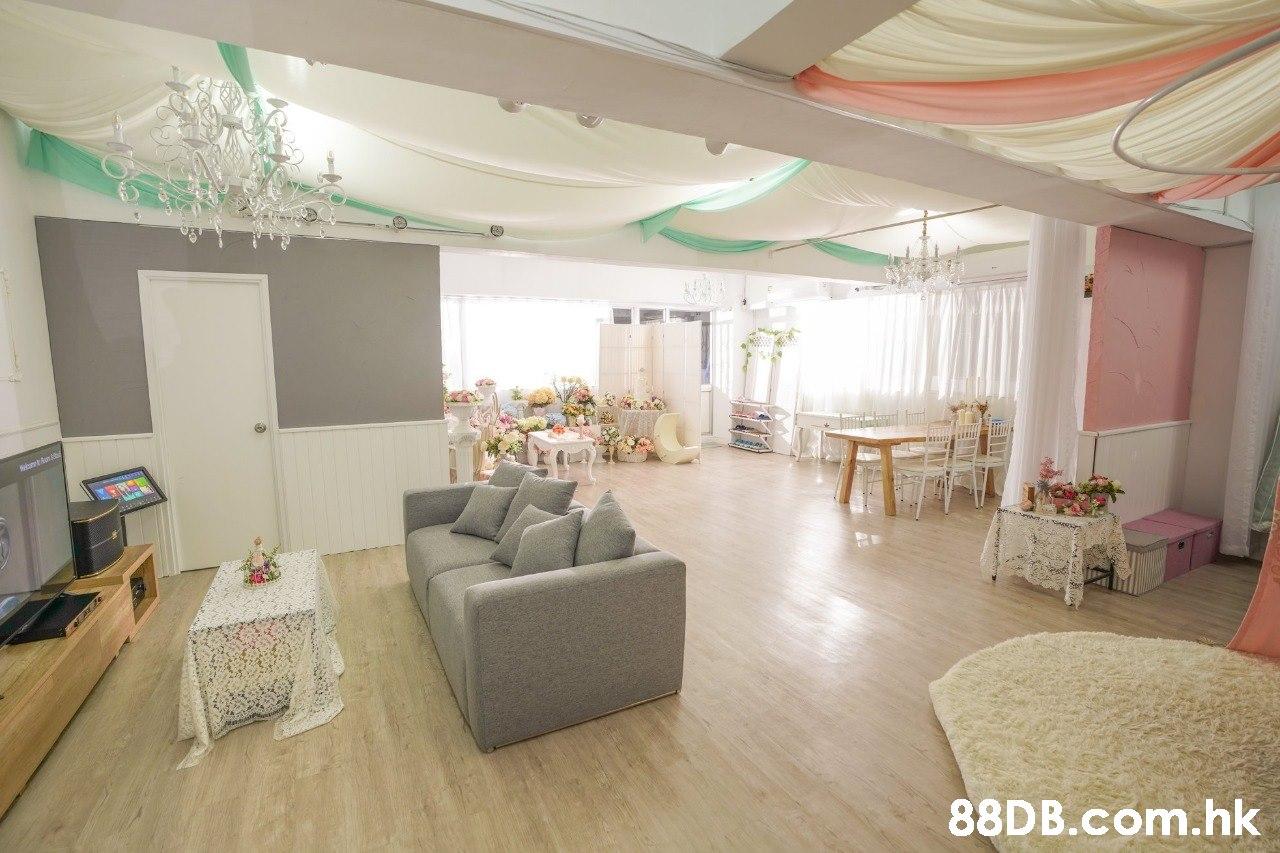 ettten .hk  Room,Property,Interior design,Living room,Ceiling