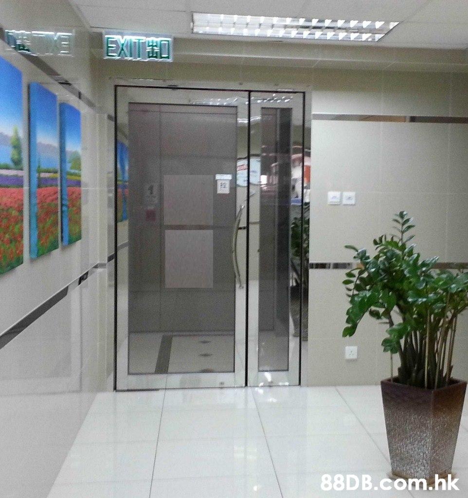 EXITED .hk  Property,Glass,Building,Door,Office