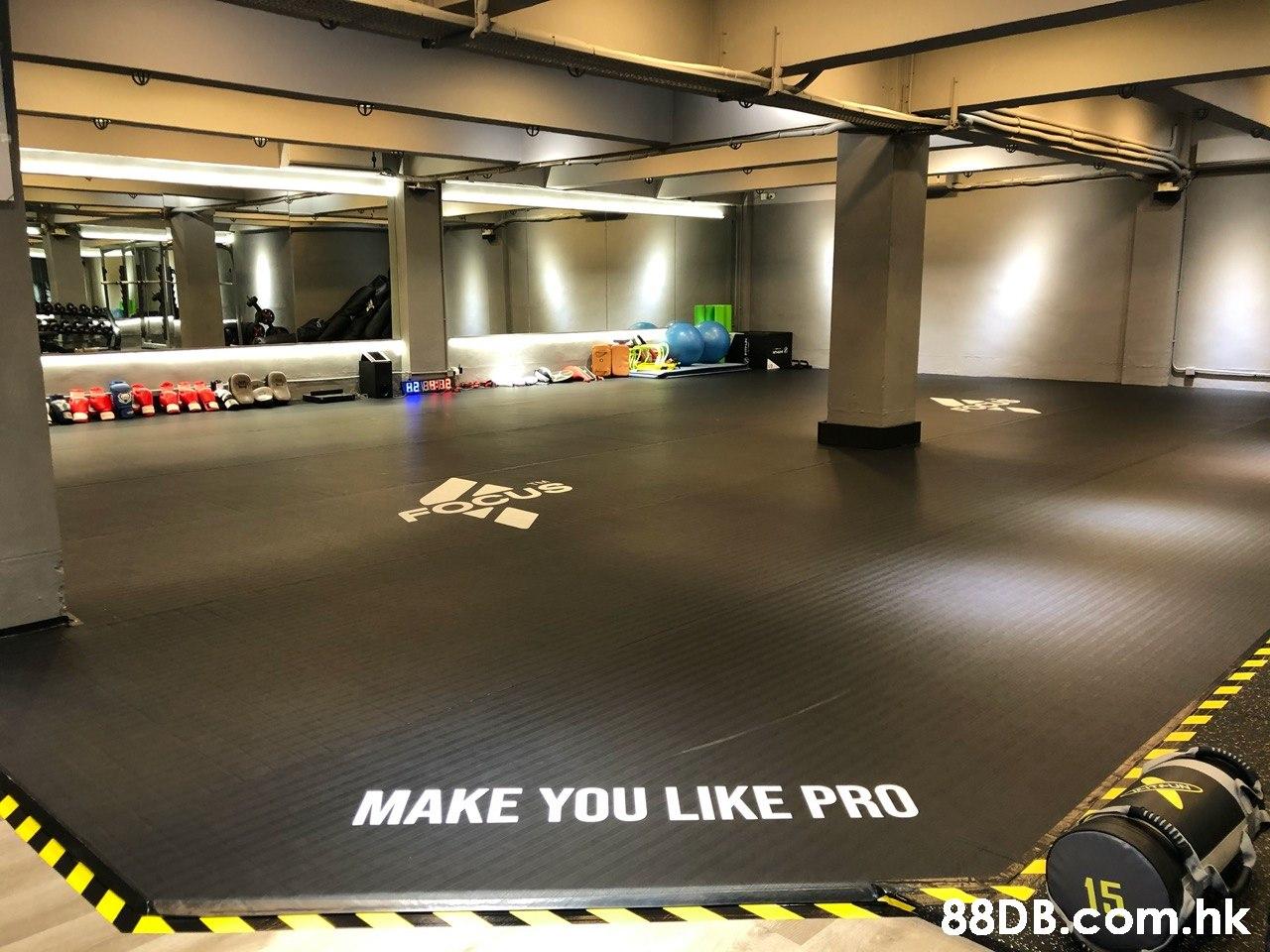 B288:82 MAKE YOU LIKE PRO .hk  Floor,Parking lot,Flooring,Parking,Room