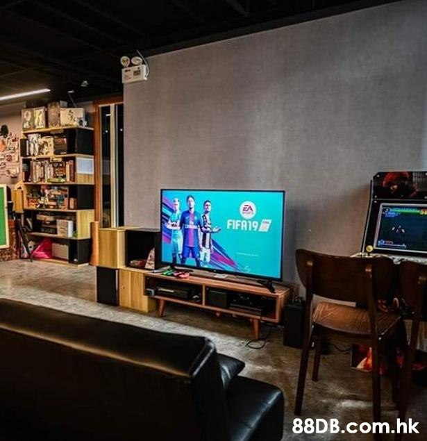 FIFR19 .hk  Room,Technology,Building,Electronic device,Interior design